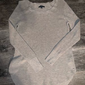 American Eagle light weight sweater.